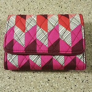 Vera Bradley wallet $15 *like new condition*